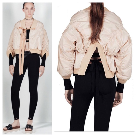 7f636cf03e6 Zara STUDIO CROPPED BOMBER JACKET FULL SLEEVES
